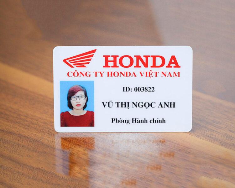 Mẫu thẻ nhân viên công ty đẹp
