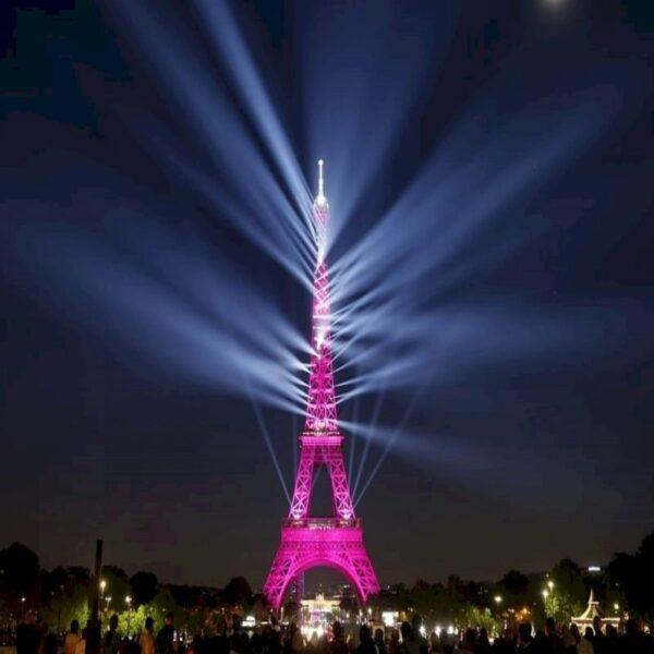 Ảnh tuyệt đẹp về tháp Eiffel buổi tối