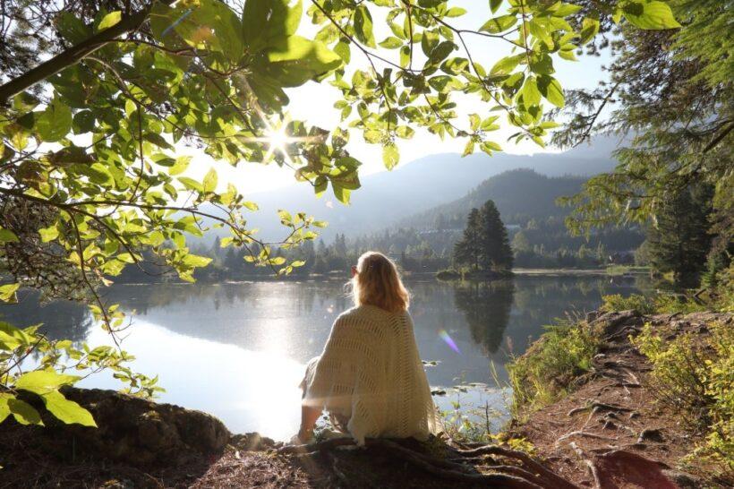 hình ảnh im lặng giữa thiên nhiên