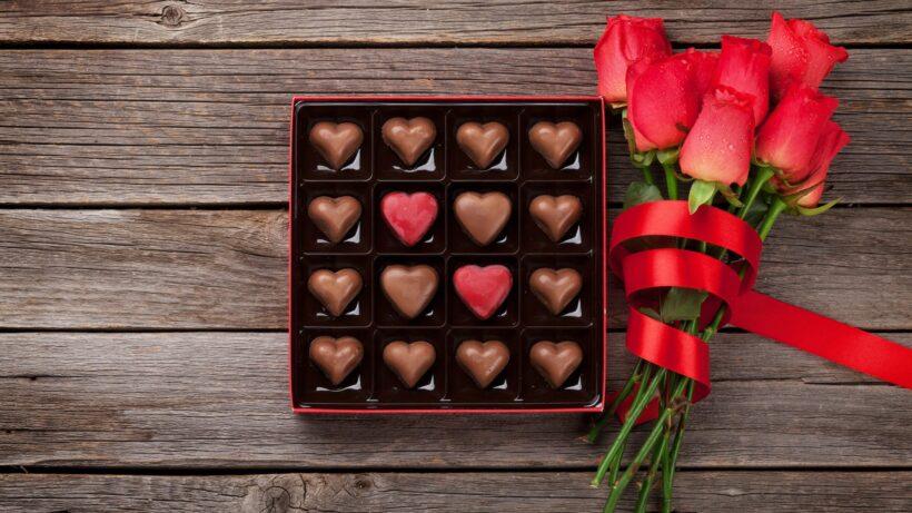 Hình ảnh Socola Valentine trang trí đơn giản
