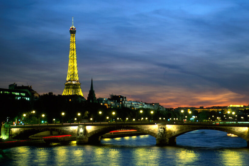 Hình ảnh tháp Eiffel đêm đẹp lung linh