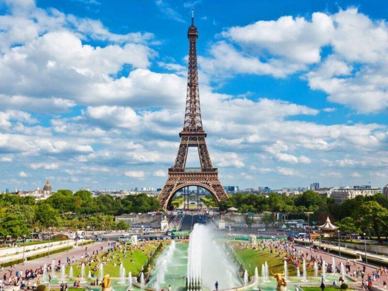 Hình ảnh tháp Eiffel điểm du lich ở Paris