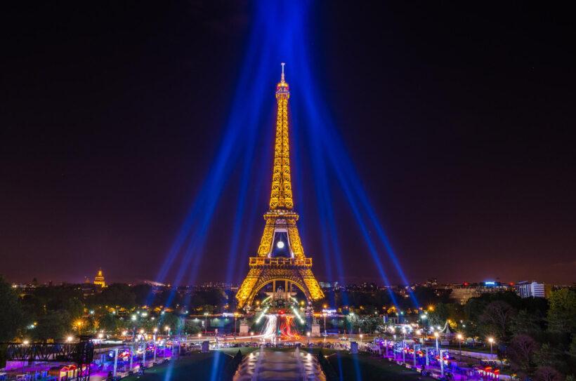 Hình nền tháp Eiffel cực chất cho máy tính