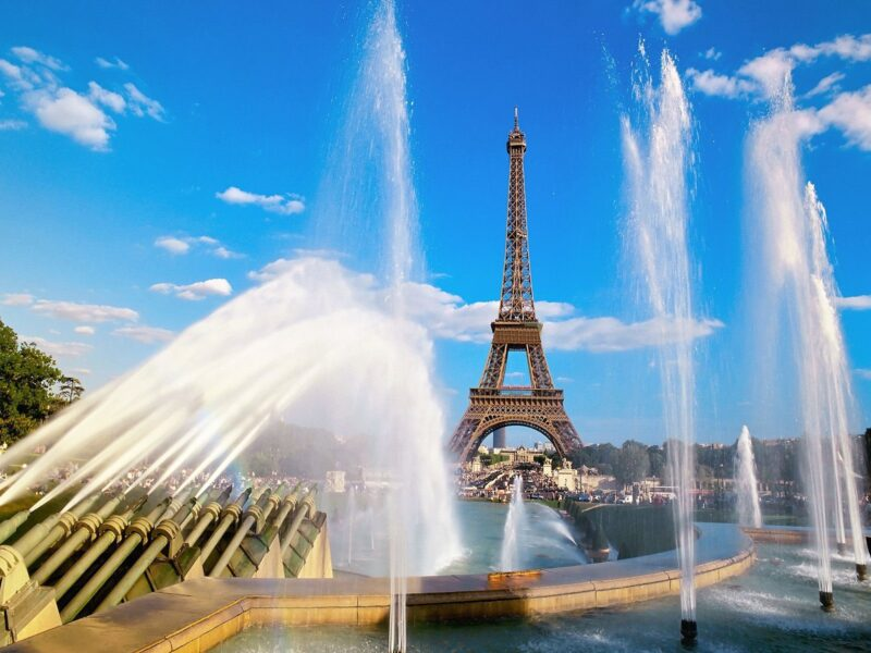 Hình nền tháp Eiffel đẹp cho máy tính