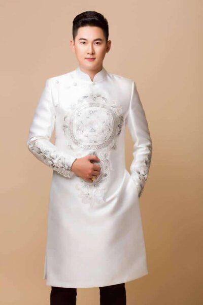 áo dài cách tân cho nam màu trắng
