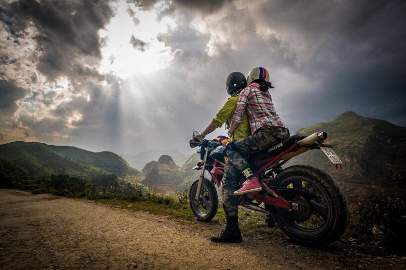 hình ảnh đi phượt bằng xe máy