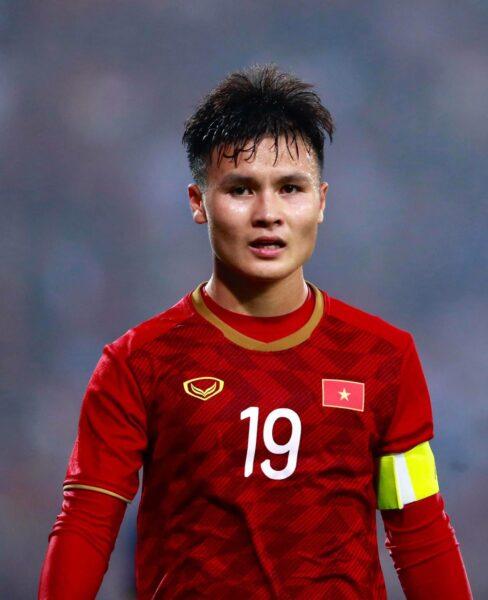 Hình ảnh Quang Hải cầu thủ bóng đá