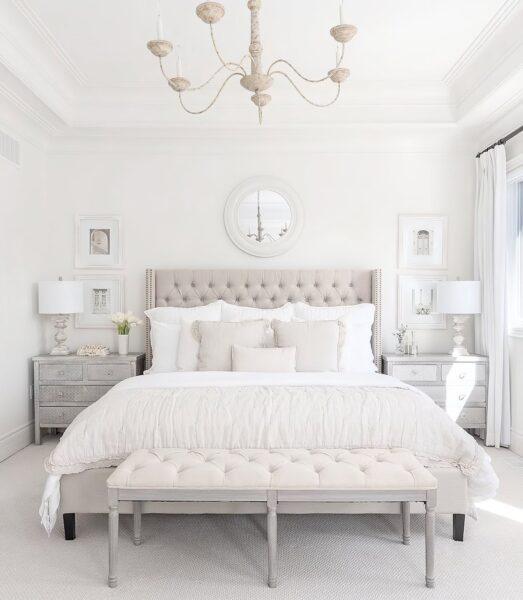 hình ảnh giường ngủ tone trắng