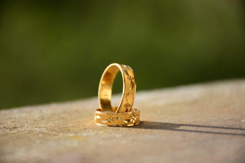 hình ảnh nhẫn cưới ấn tượng