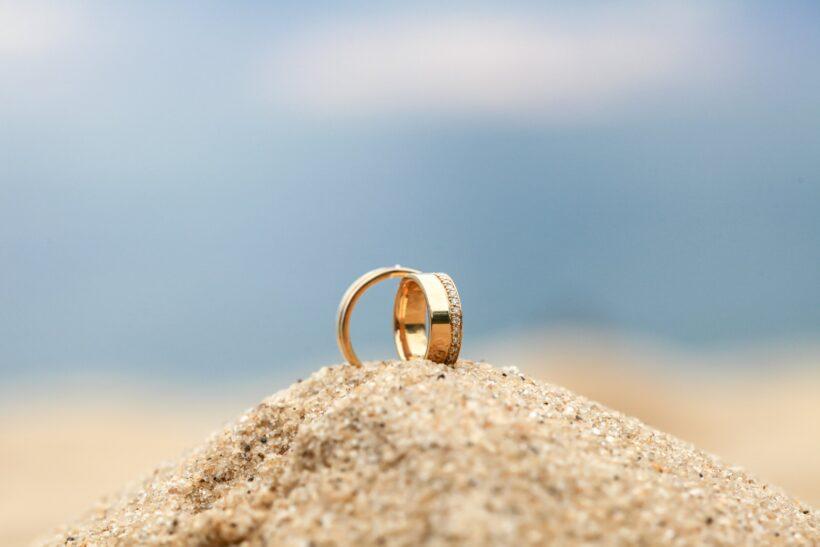 hình nền nhẫn cưới ấn tượng
